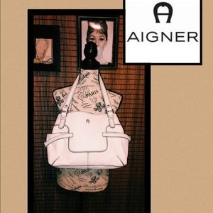 ⚪️⚪️ETIENNE AIGNER WHITE PURSE